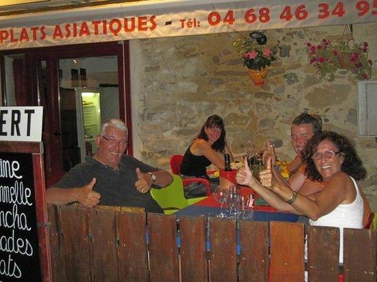 Restaurant Chez Jean-Marc : Santé et Bon Appetit à nos clients Belge