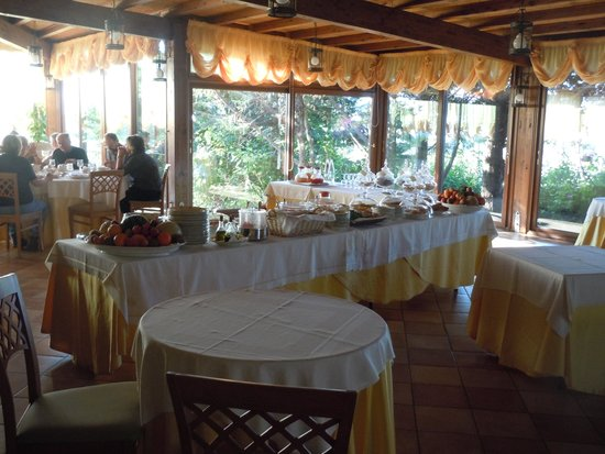 Foresteria Baglio Della Luna : Breakfast in the restaurant
