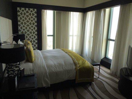 Sofitel Abu Dhabi Corniche : Room