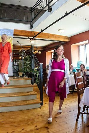 Heirloom Cafe Bistro: Hosting a fashion show at Heirlooms Bristro , Almonte