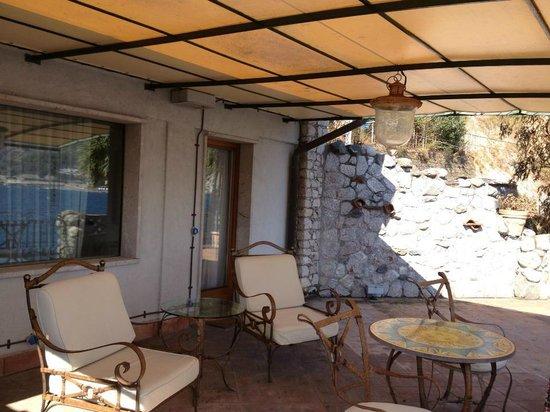 Grand Hotel Atlantis Bay: Esterno camera