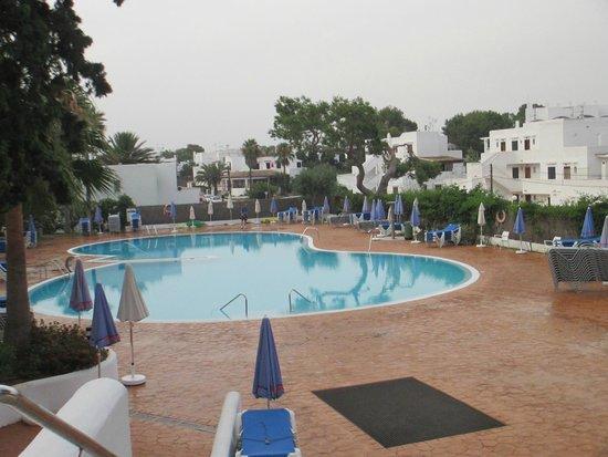 Gavimar Ariel Chico Club Resort : The main pool