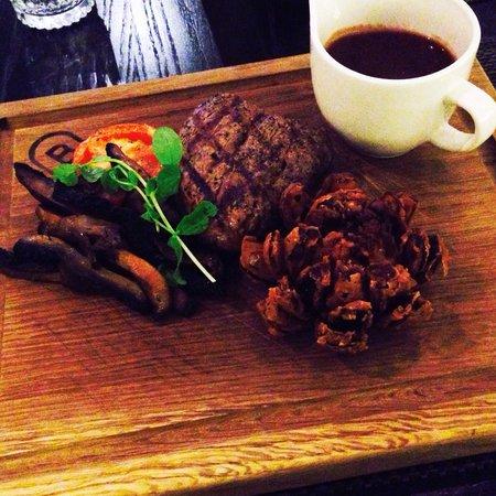 Bonbar: Fillet Steak with Red Wine Glaze