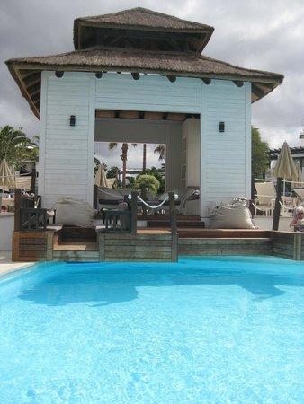 SENTIDO H10 White Suites: Bookable private area