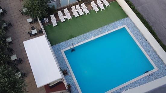 Hotel Gabbiano : la piscina