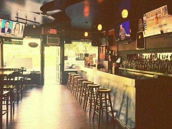 Eddie Jrs Sports Lounge