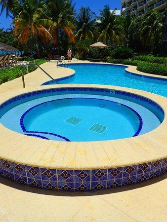The Meridian: Pool