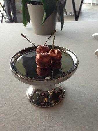 "Dessert ""cherries"""