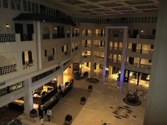 Steigenberger Al Dau Beach Hotel: hotel hall