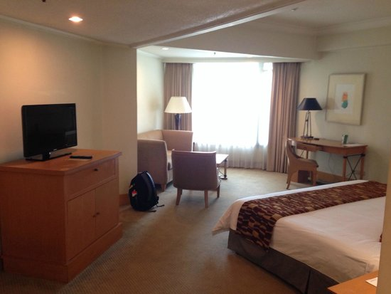 The Heritage Hotel Manila: This was my room