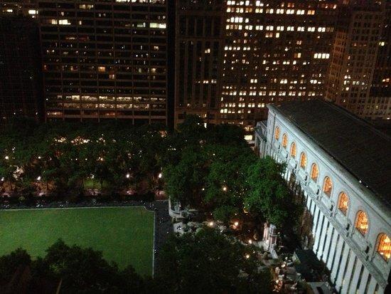 The Bryant Park Hotel: Вид из окна