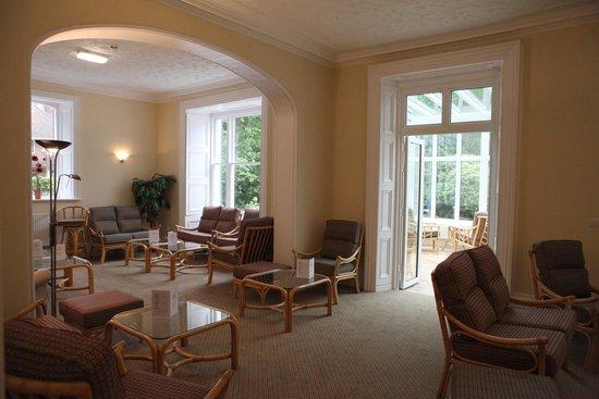 The Grove Hotel: Lounge