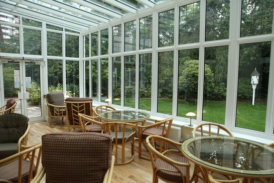 The Grove Hotel: conservatory