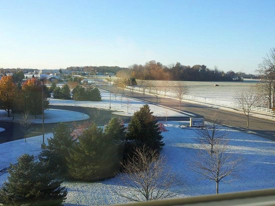 Residence Inn Toledo Maumee : View from our top floor window