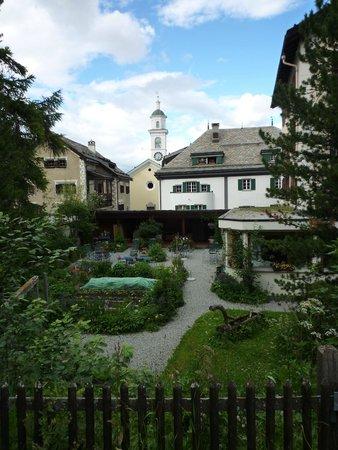 Hotel Privata: Le jardin de l'hôtel