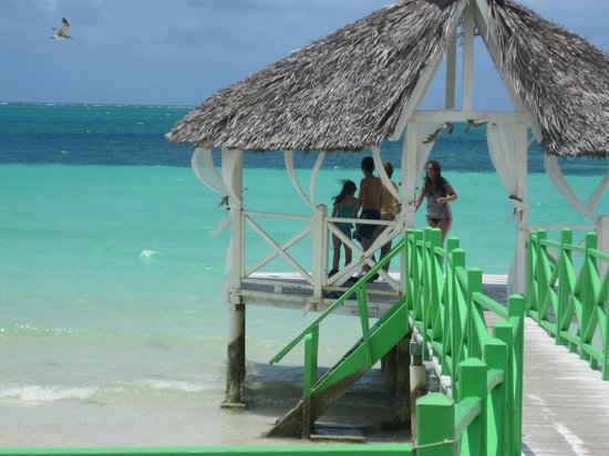Memories Flamenco Beach Resort : One of my favourite spots