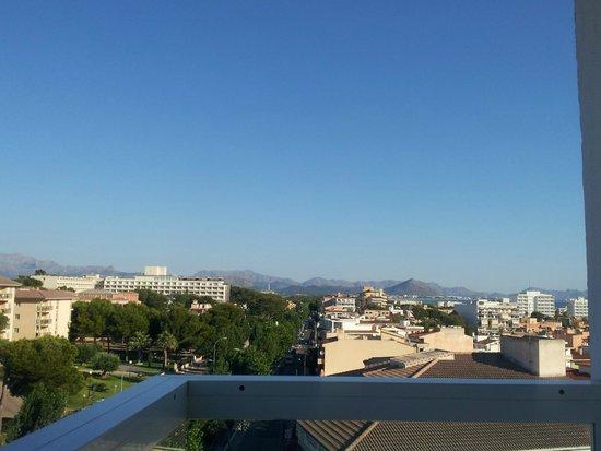 SuneoClub Haiti: 5th floor balcony view