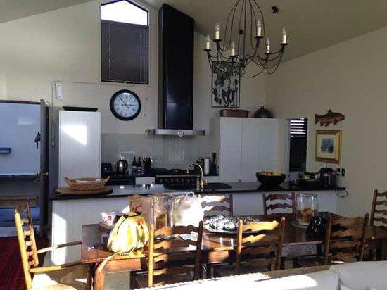 The Point Villas: kitchen