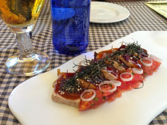 Tapas 24 : Tuna tare tare. Really good