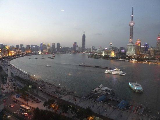 Les Suites Orient, Bund Shanghai: view from our room