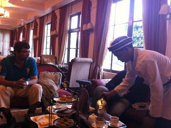 The Elgin, Darjeeling : high tea in elgin