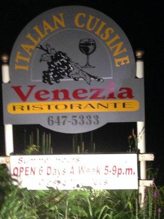 Venezia Ristorante Sign