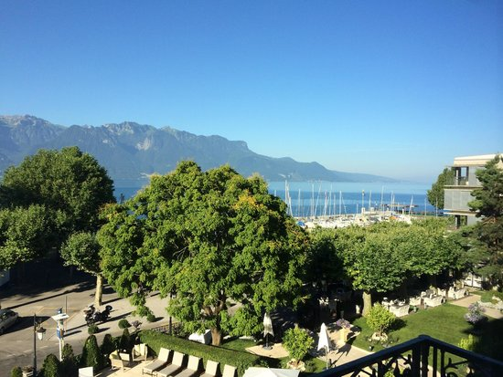 Grand Hotel du Lac: View of Lake Geneva from our room