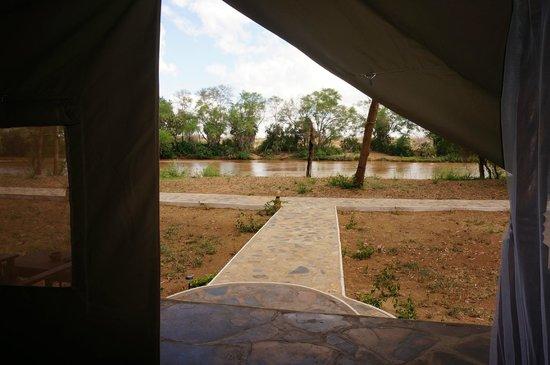 Jacaranda Beach Resort: DOA DOA CAMP