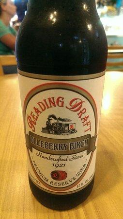 Hunt's Battlefield Fries & Cafe': Blueberry birch beer at Hunts