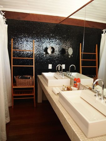 Insolito Boutique Hotel: Bathroom