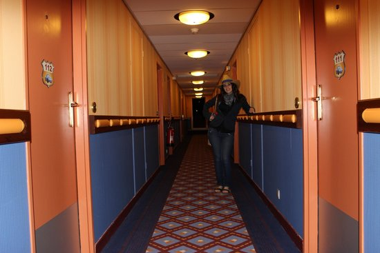 Disney's Hotel Santa Fe: pasillo