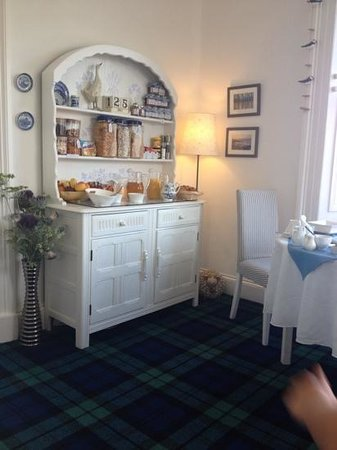 Thistle House Guest House: breakfast room