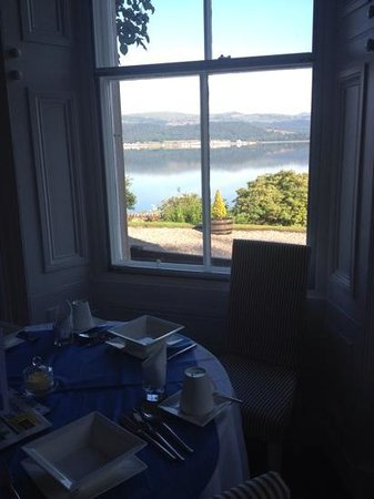 Thistle House Guest House: breakfast with a view