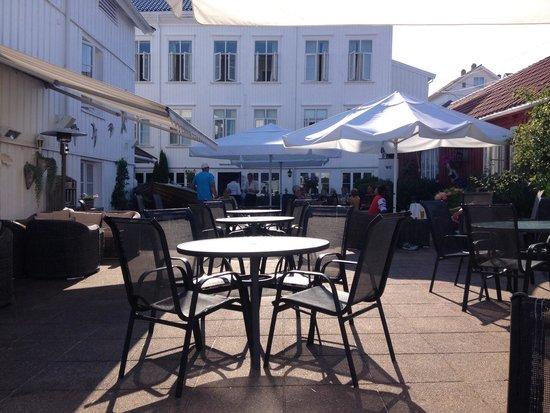 Risor Hotel: Terrace Bar and Restaurant