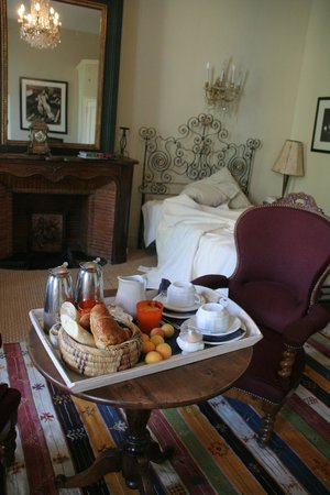 Grand Hotel Nord-Pinus: La mythique chambre 10 et son petit déjeuner