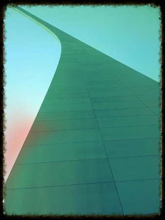 The Gateway Arch: All The Way Up