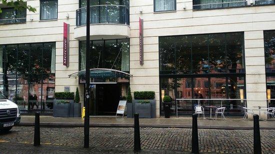 Mercure Bristol Brigstow Hotel: Front