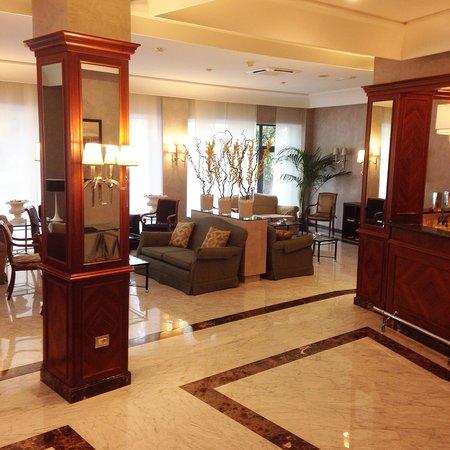 Hotel Santa Costanza: Lobby