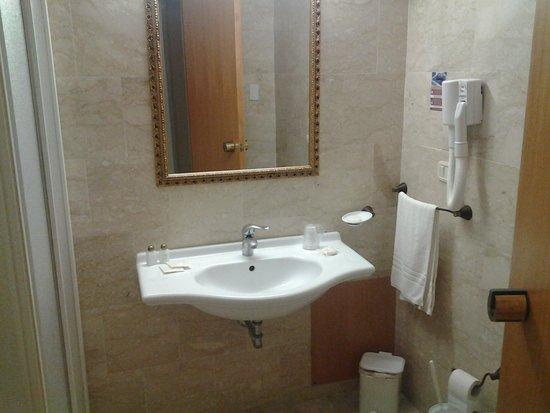 Hotel Baglio Basile: bagno