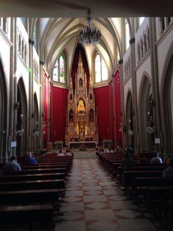 Santuario de Nuestra Señora de Regla: Vista interior de la iglesia del santuario