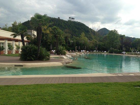 Relilax Hotel Terme Miramonti: piscina esterna (peccato il tempo brutto)