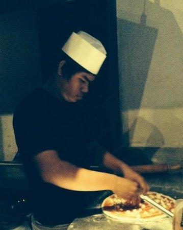 Il Forno Siem Reap : superpizza cotta al forno a legna