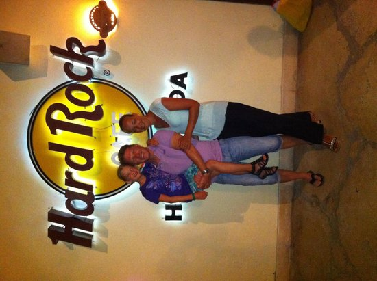 Hard Rock Cafe Hurghada: Proud Family pic :-)