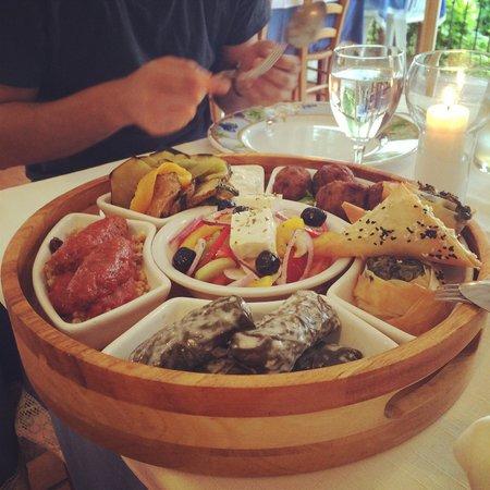 Restaurant grec Le Bouzouki : mezze Exoticos (mezze Terre)