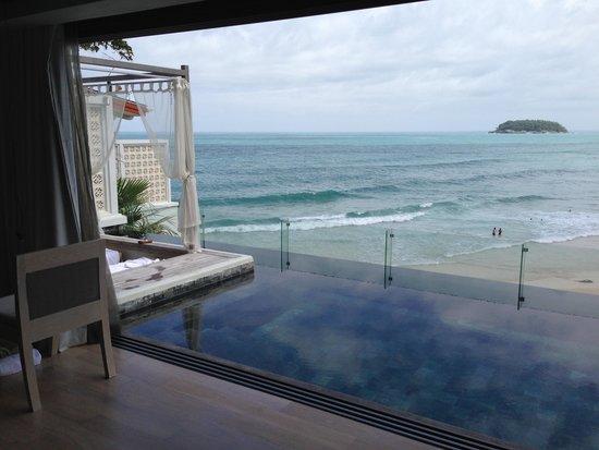 The Shore at Katathani: Infinity pool