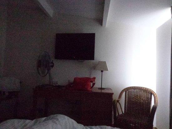 Le Fournil - Hôtel : Television
