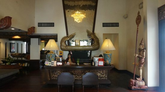 De Naga Hotel: Lobby