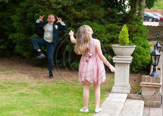 Great Hallingbury Manor: The children playing in the grounds