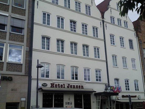Ringhotel Jensen: The front