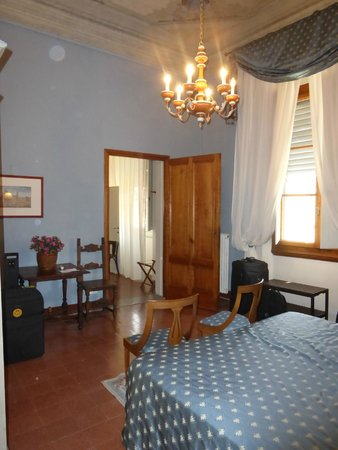 Hotel Palazzo Guadagni: Two Room Family Room